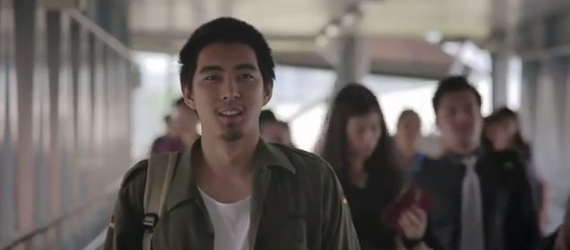 warm-eyes-lomosonic-music-video-clip-1